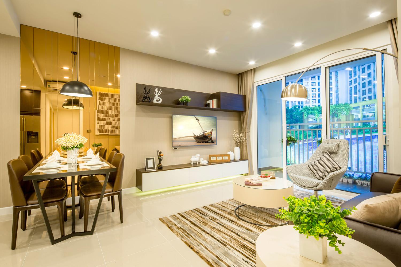 Cho thuê căn hộ hạng sang Richstar  dải công viên xanh trục đường chính