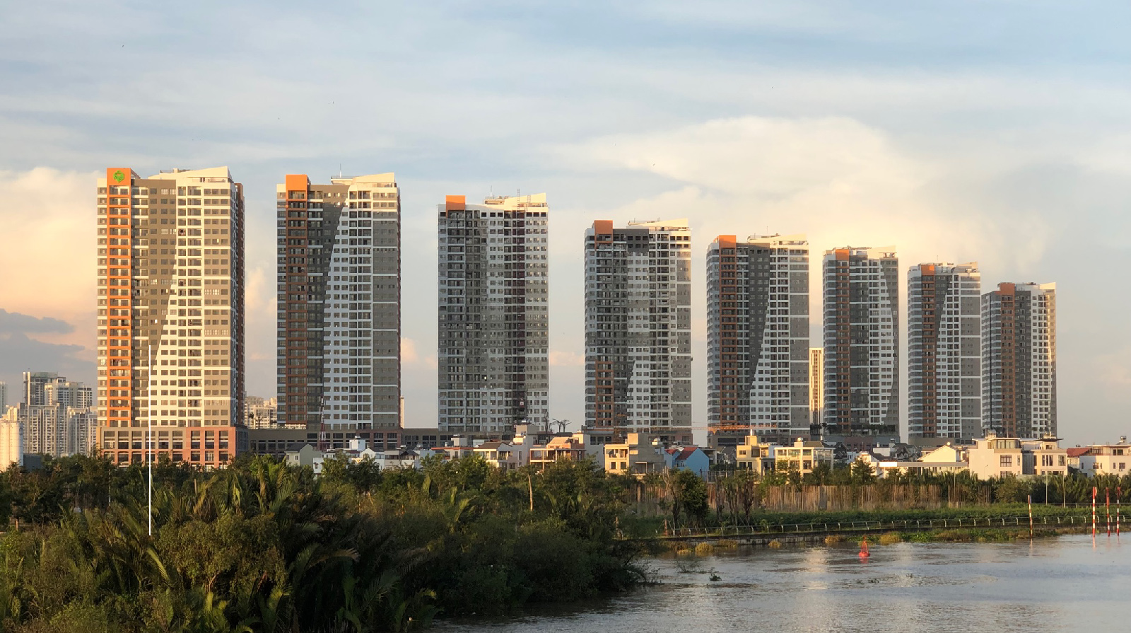 Bảng giá cho thuê căn hộ chung cư The Sun Avenue