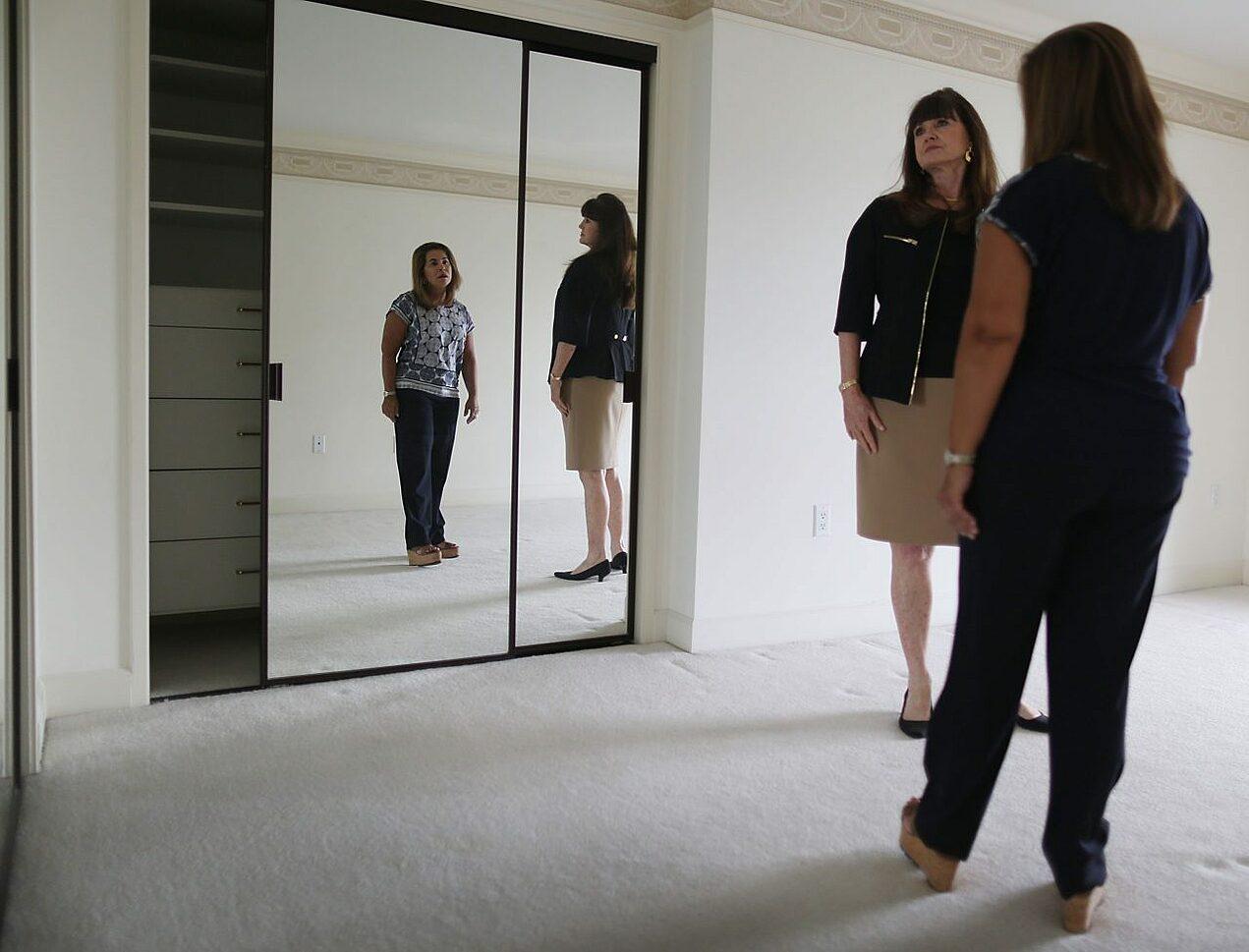 Những câu hỏi quan trọng bạn nhất định phải biết khi mua nhà lần đầu