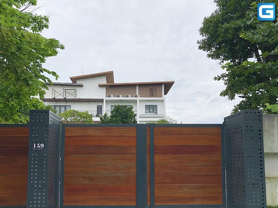 Khám phá khu biệt thự của giới nhà giàu Việt tại Quận 9