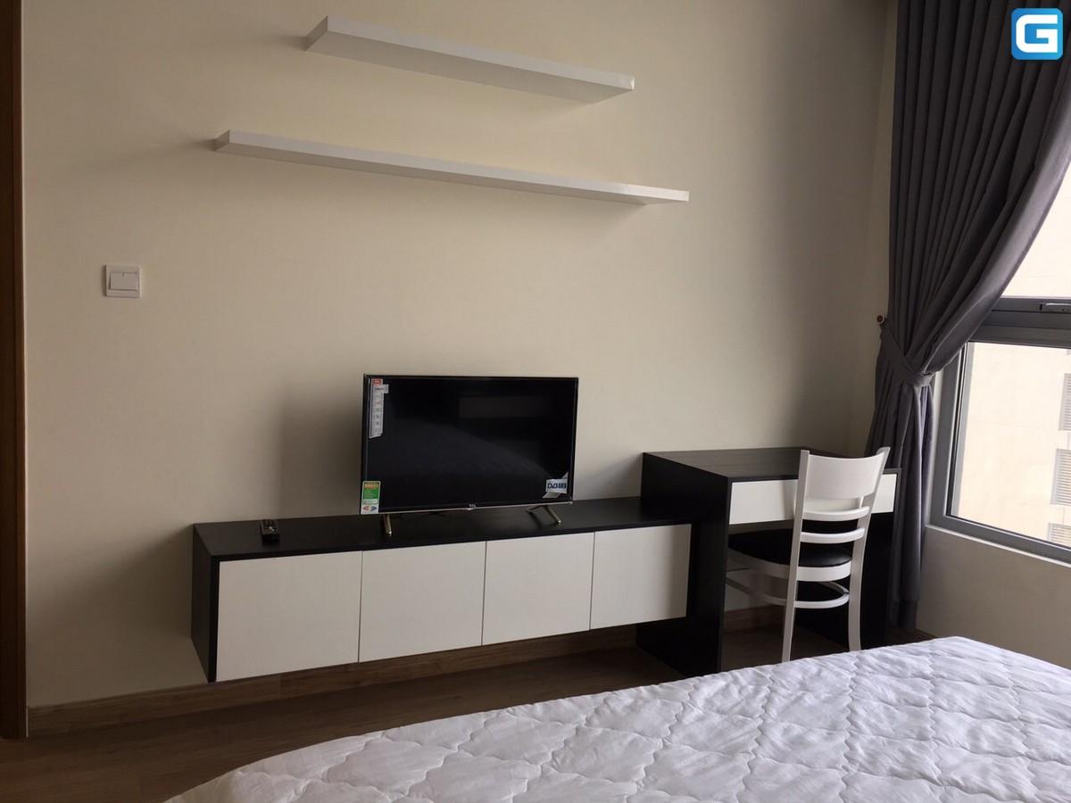 Cho thuê căn hộ Vinhomes Central Park 2 phòng ngủ, diện tích 83m2, đầy đủ nội thất