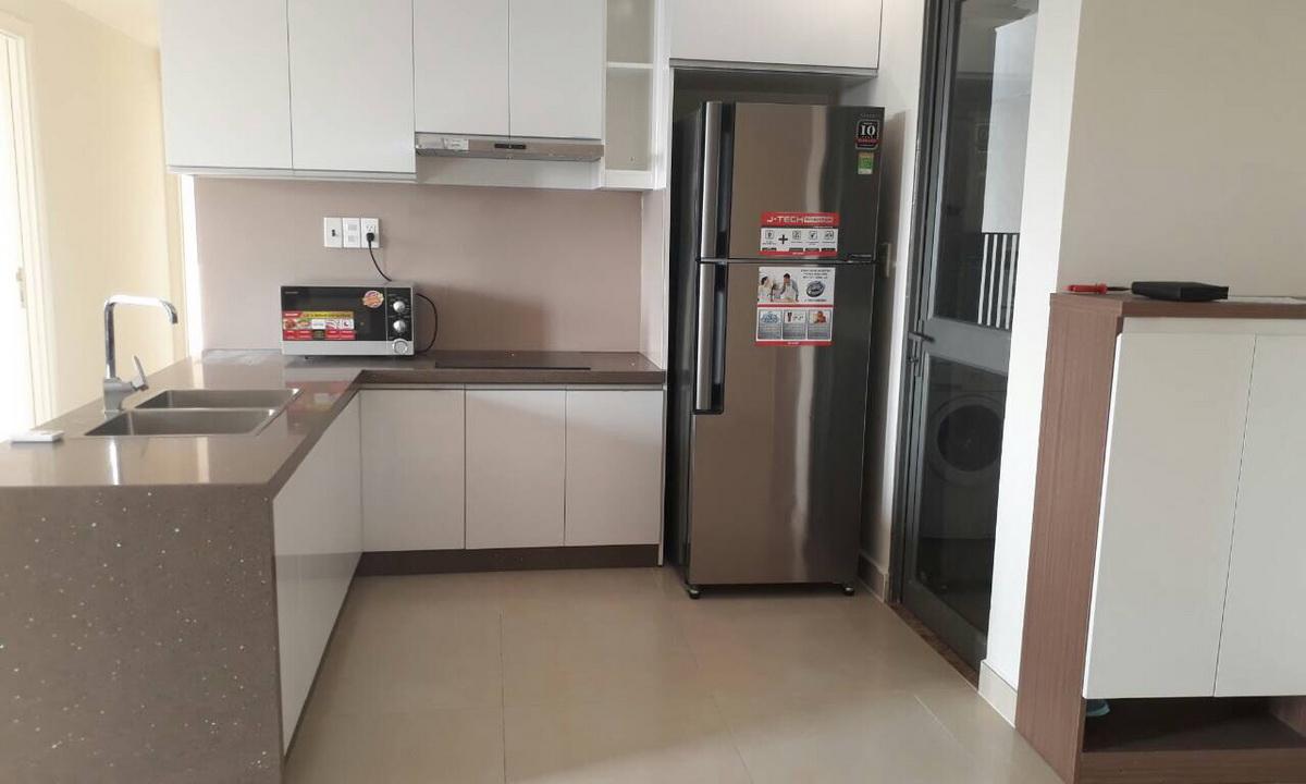 Cho thuê Masteri Thảo Điền 3 phòng ngủ tầng 24 block T1 nội thất xịn view sông 1000 USD/tháng