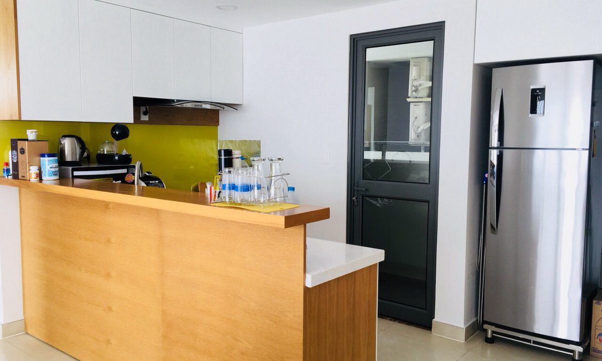 Căn hộ Masteri Thảo Điền cho thuê 3 phòng ngủ lầu 24 tháp T3 nội thất cao cấp view sông 1050 USD