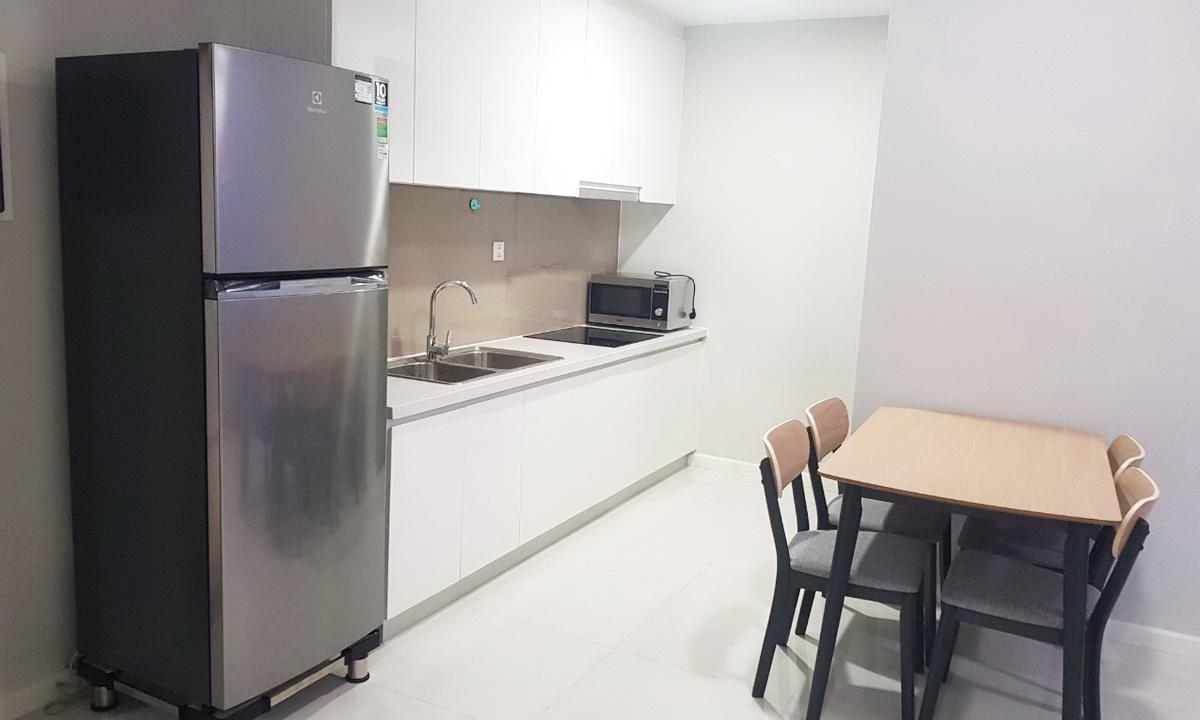 Cho thuê Masteri An Phú 2 phòng ngủ full nội thất toà A lầu 8 giá rẻ