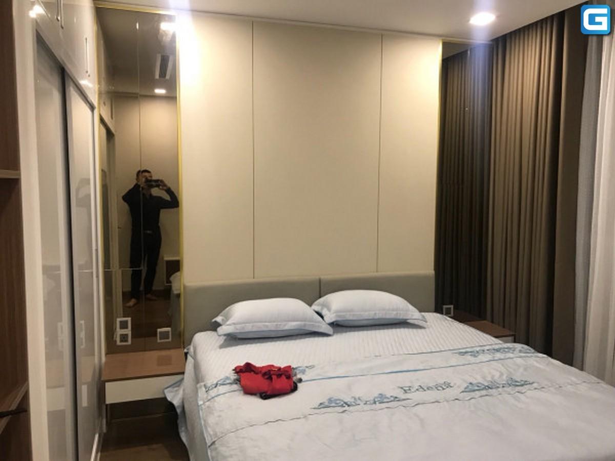 Cho thuê căn hộ 3 phòng ngủ Vinhomes Central Park, Park 3, full nội thất, diện tích 118m2