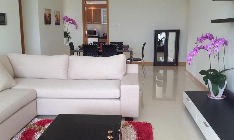 Cho thuê căn hộ Saigon Pearl 3 phòng ngủ lầu 33 toà Sapphire 1 nội thất cao cấp view sông