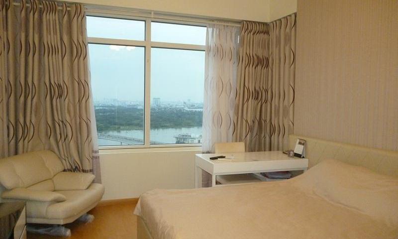 Căn hộ Saigon Pearl cho thuê 2 phòng ngủ lầu 18 toà Sapphire 1 nội thất đầy đủ view sông