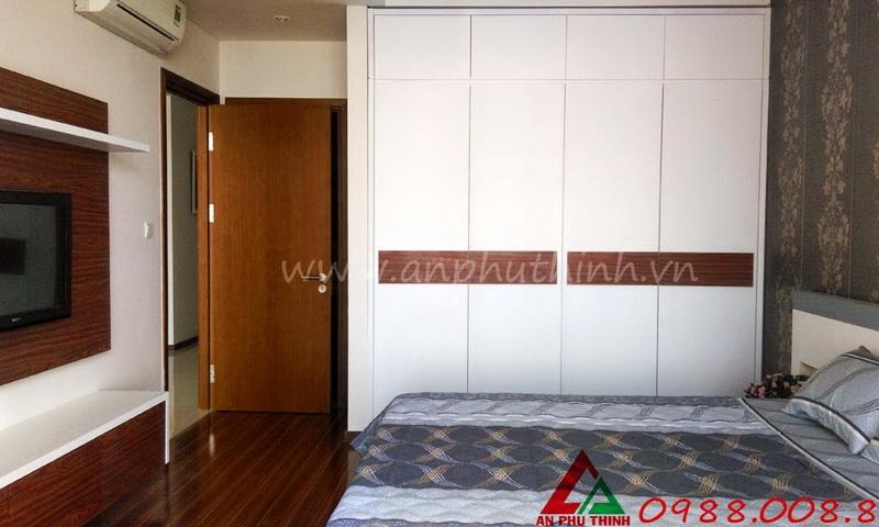 Cho thuê căn hộ Thảo Điền Pearl 3 phòng ngủ lầu 19 block A có nội thất view sông