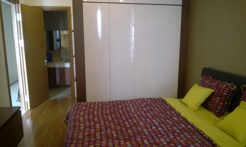 Cho thuê căn hộ Thảo Điền Pearl 3 phòng ngủ lầu 17 block B full nội thất view sông