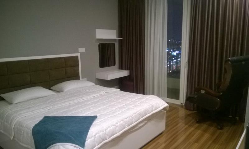 Cho thuê căn Thảo Điền Pearl 3 phòng ngủ tầng 23 tháp A nội thất đầy đủ view sông