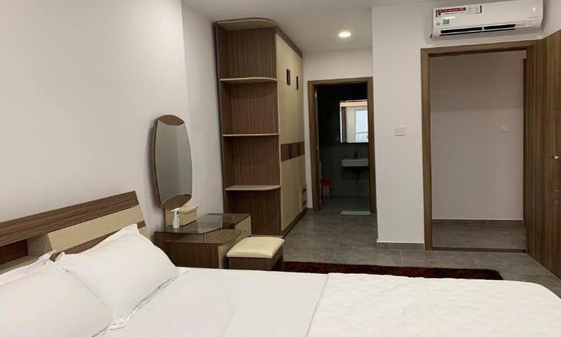 Cho thuê căn hộ Sunrise Cityview 2 phòng ngủ lầu 30 toà A có nội thất 76 m2 850 USD