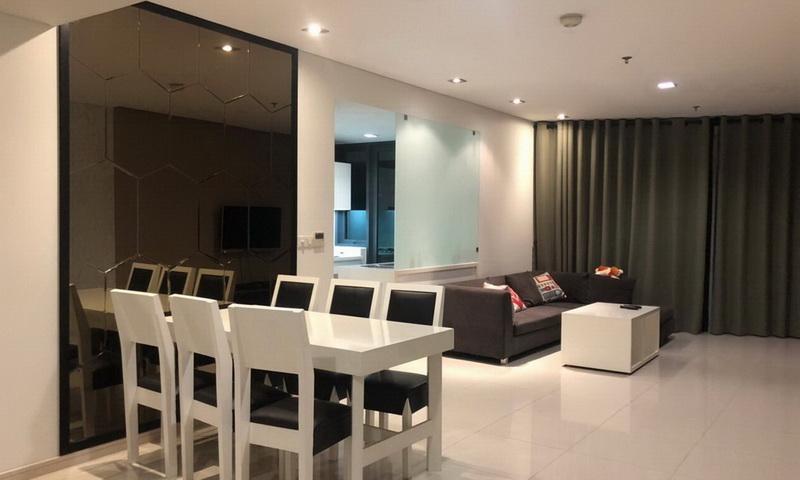 Căn hộ cho thuê City Garden lầu 3 tháp B2 nội thất full view nội khu 2 phòng ngủ