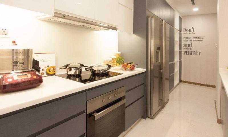 Sunwah Pearl Binh Thanh cho thue lầu 35 B3 nội thất cao cấp 2 phòng ngủ view sông