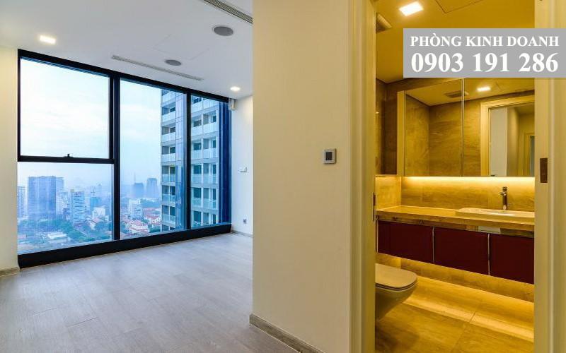 Cho thuê Vinhomes Golden River tầng 34 Aqua 3 nhà trống 4 phòng ngủ view quận 1