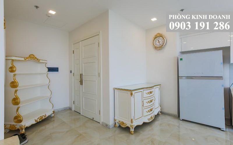 Cho thuê Vinhomes Golden River lầu 28 A4 nội thất cao cấp 4 phòng ngủ view quận 1